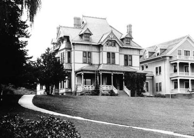 Crowell Mansion and Annex