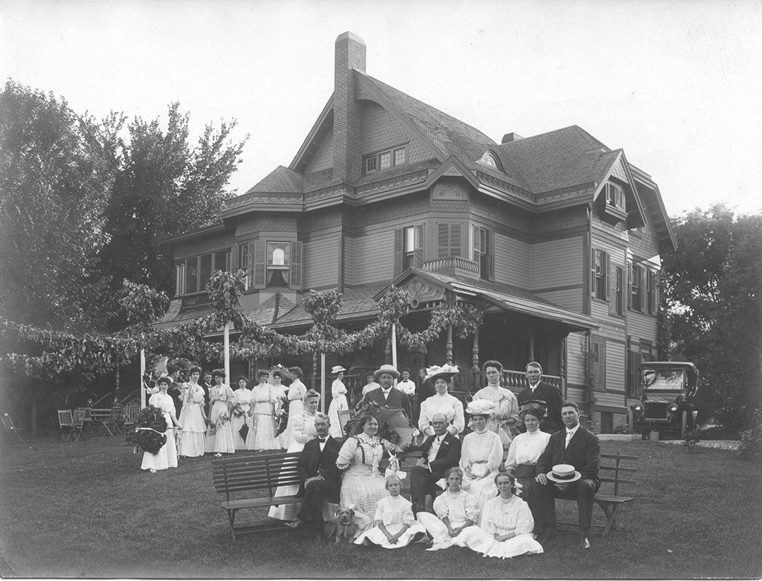 AP Howes/Haller house as seen in 1907 in Blair, NE